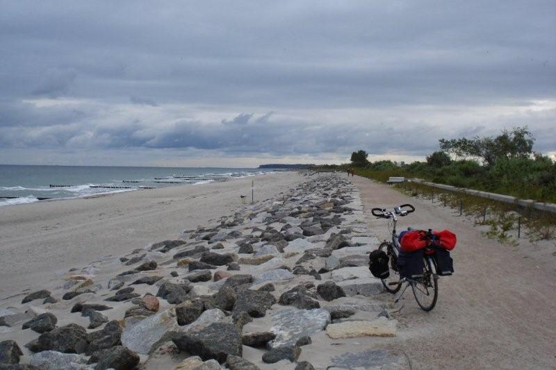 Over_strand_fietsen